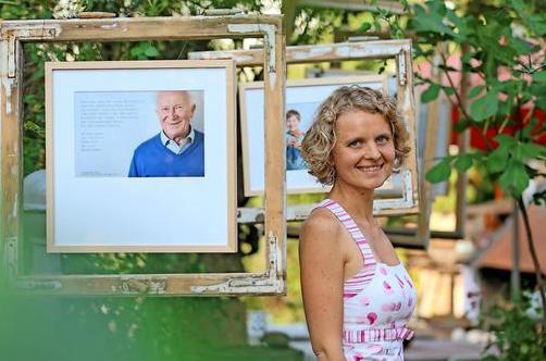 Vernissage der Falkenseer Fotografin Linda Köhler-Sandring mit Ihrem Glücksprojekt
